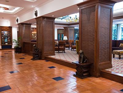 Lobby Nairobi Serena Hotel